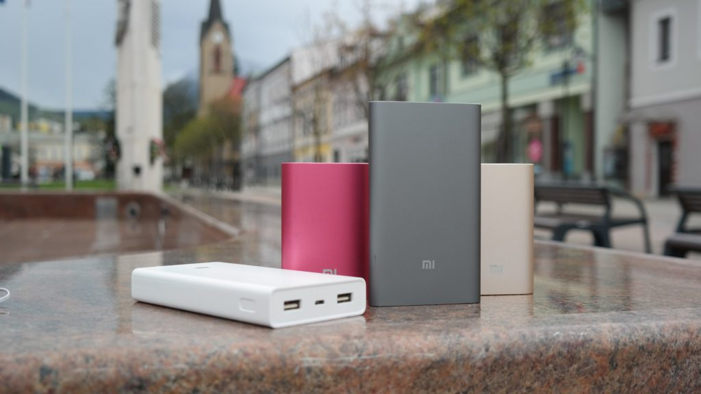 image of middle capacity portable battery charger