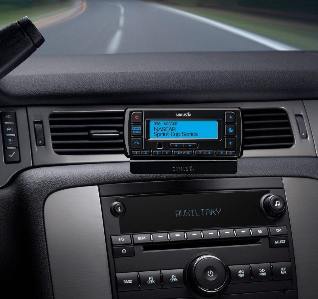 image of siriusxm satellite radio with vehicle kit