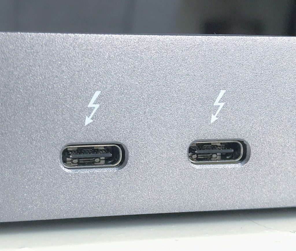 image of Thunderbolt_3_interface_USB-C_ports